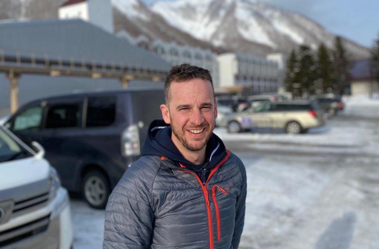Le corps de Sylvain, tué dans une avalanche, bloqué au Japon