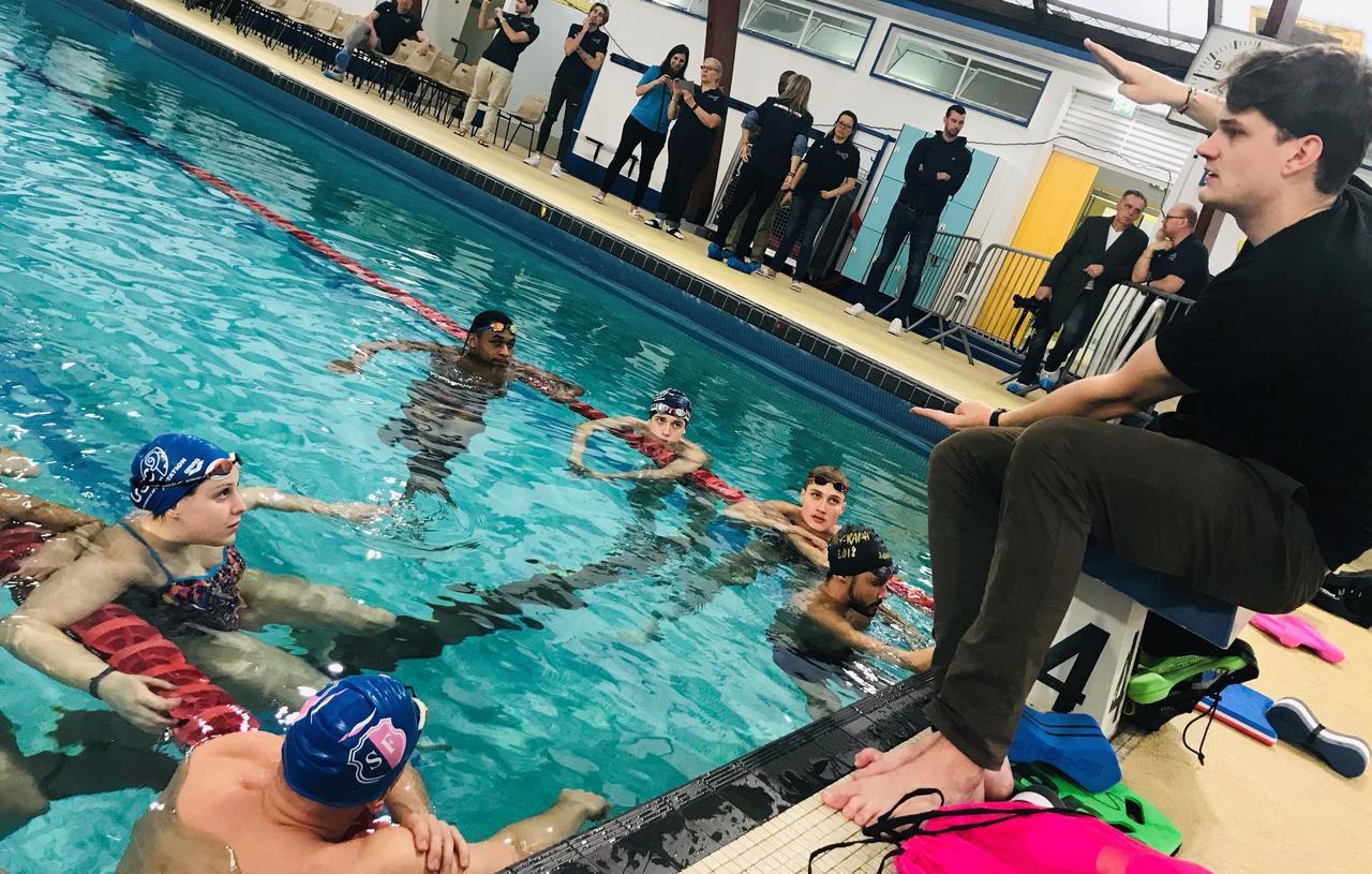 Créteil : Yannick Agnel entraîne l'équipe de l'US natation