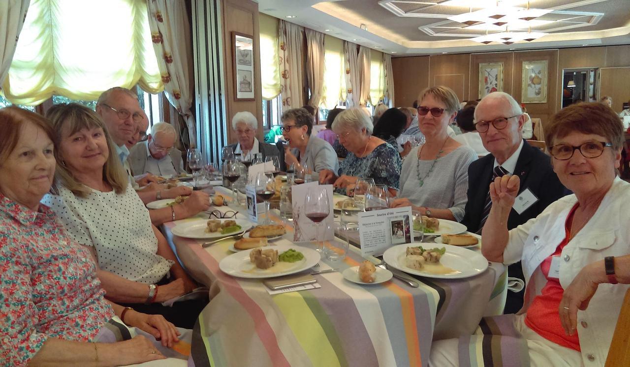Hauts-de-Seine : un repas gastronomique pour redonner le sourire aux seniors isolés