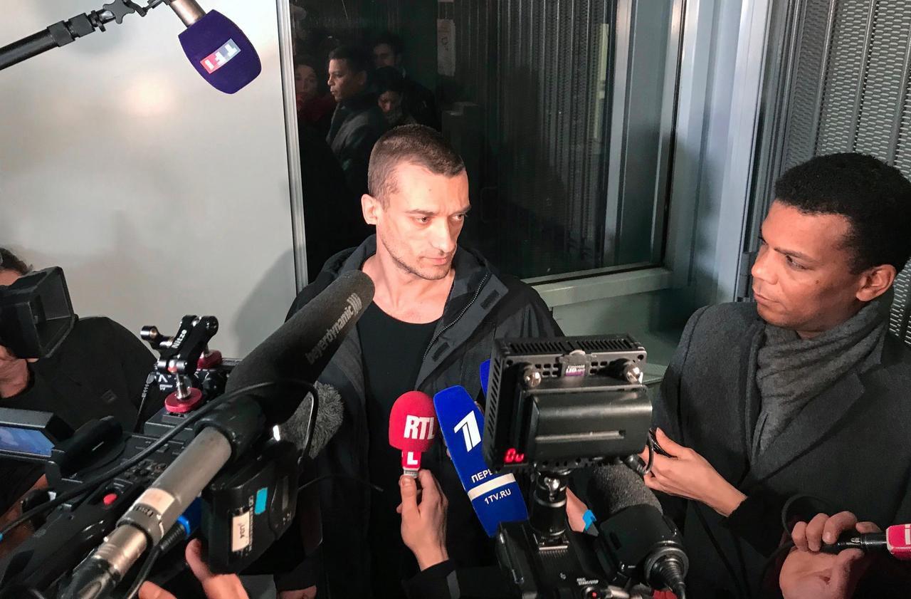 Affaire Griveaux : libéré, Piotr Pavlenski dit vouloir «révéler les mécaniques du pouvoir»