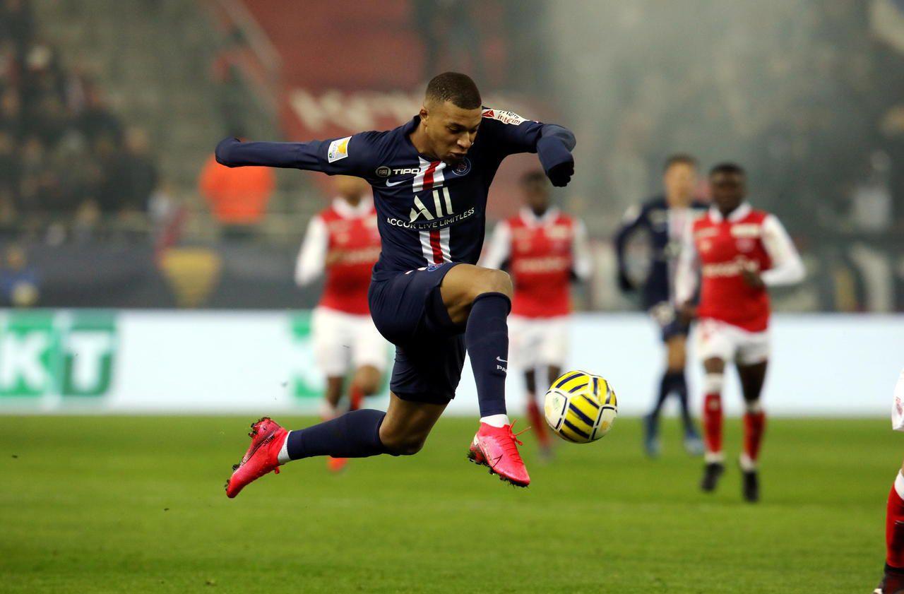 Reims-PSG : Mbappé s'amuse de son but de la main