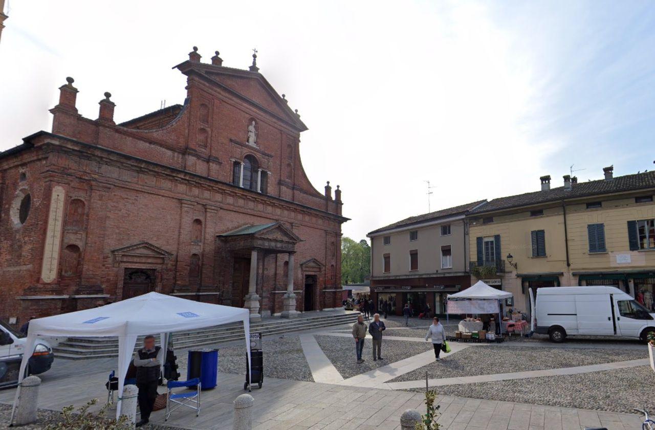 Coronavirus : des lieux publics fermés dans une dizaine de villes en Italie