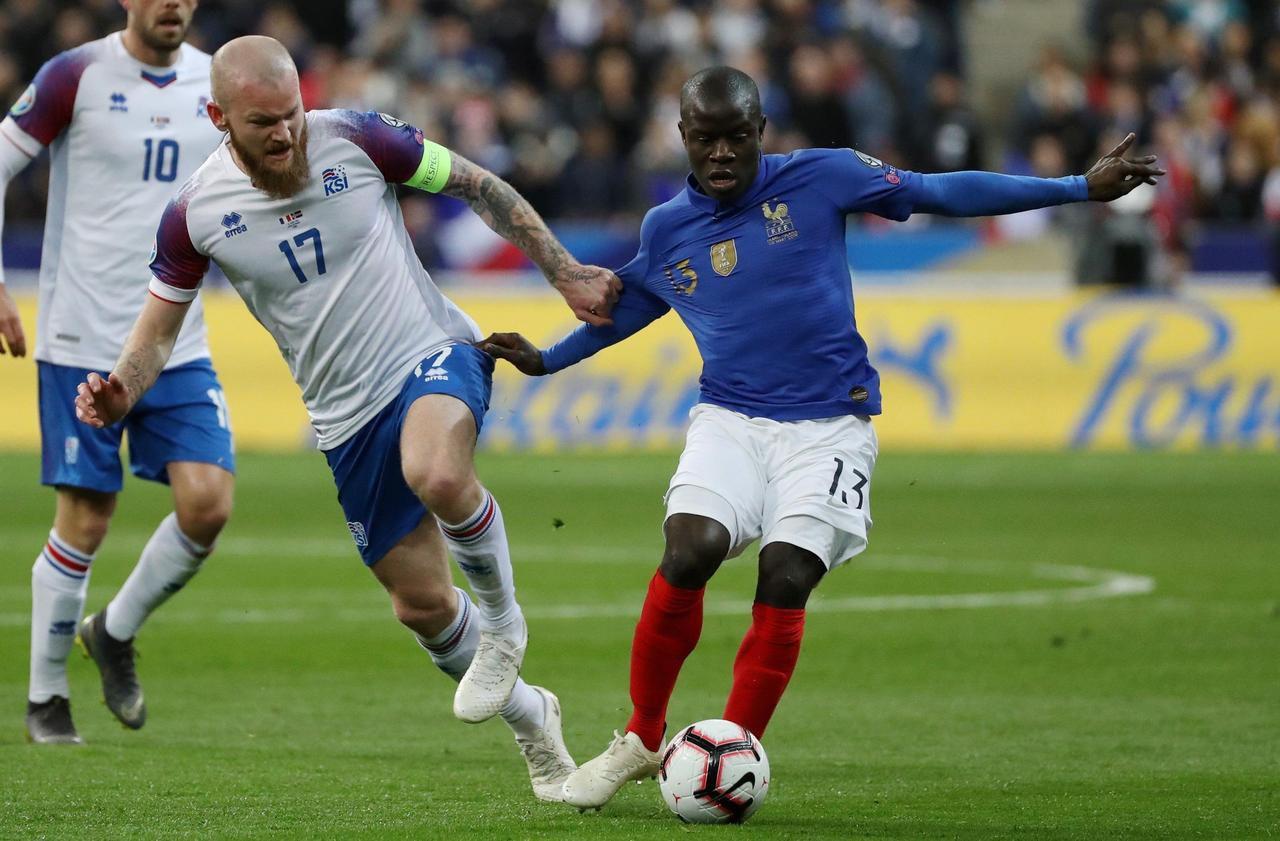 France-Moldavie : Kanté et Digne titulaires - Le Parisien