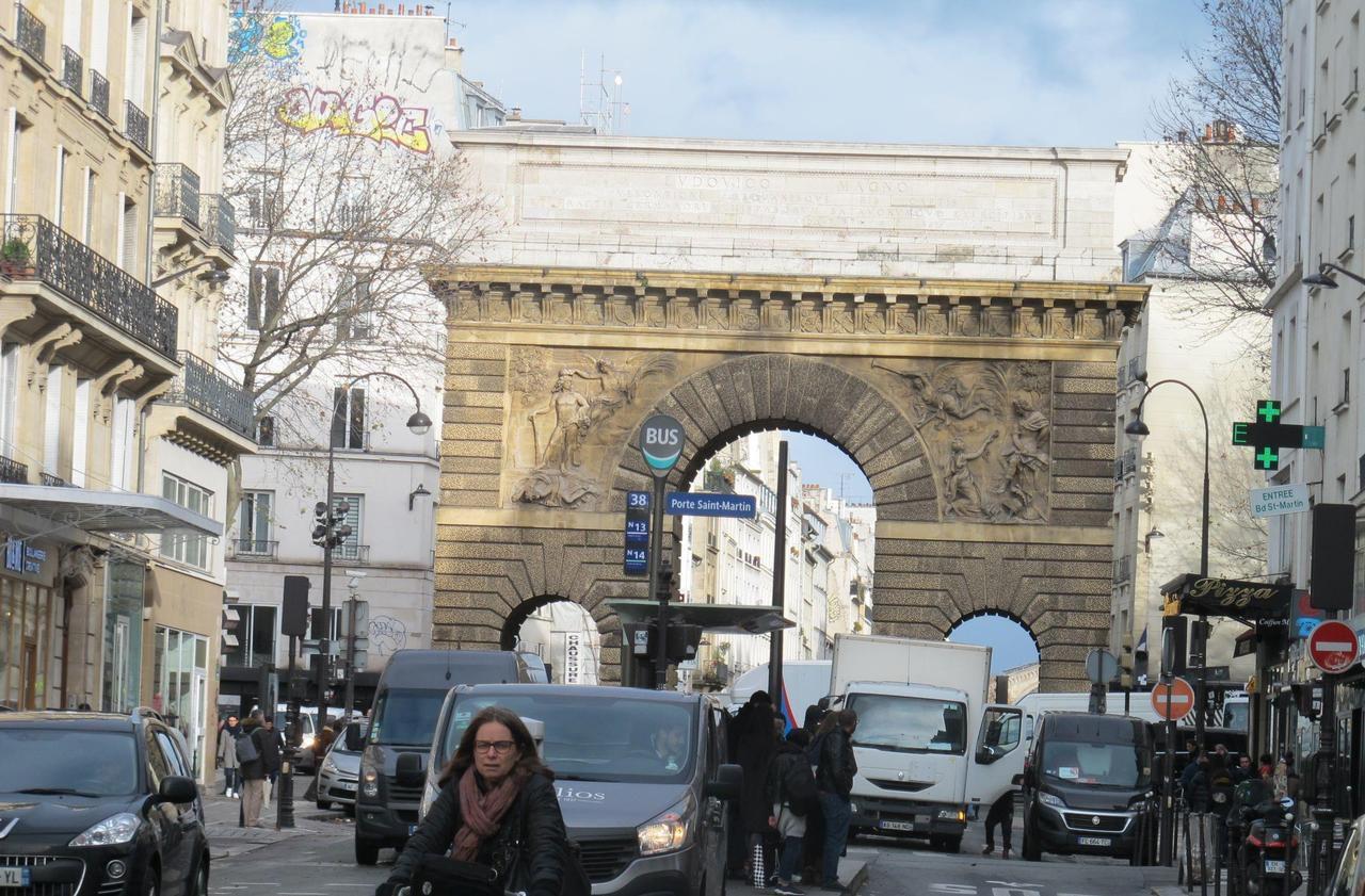 A Paris, porte Saint-Martin, les prix de l'immobilier flambent