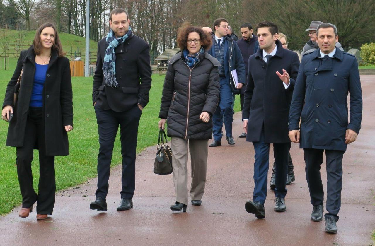 Municipales à Aulnay : devant la secrétaire d'Etat, le candidat LREM vante son programme écolo