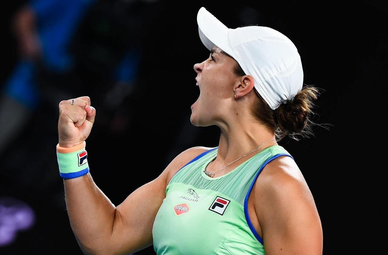 Open d'Australie : Barty et Federer prennent leur temps, le phénomène Jabeur continue